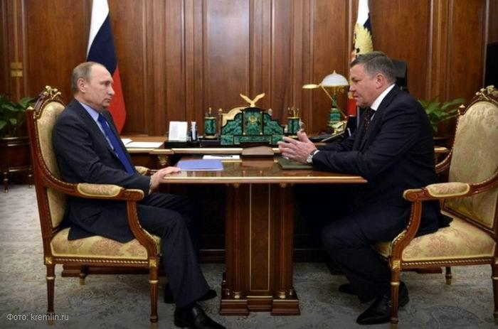 151201-kuvshinnikov-Putin